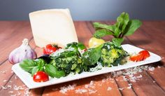 Spinat-Käse-Knödel Plastic Cutting Board, Kitchen, Spinach, Home Made, Food Recipes, Cooking, Home Kitchens, Kitchens, Cucina