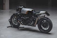Custom BMW R nineT cafe racer by Hookie Co.