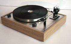 Thorens TD 165 A Pasdeloup Design #Nantes #ChêneBrut #Platine #Vynile Turntable, Audio, Vintage, Nantes, Acoustic Music, Vinyl Records, Record Player, Primitive