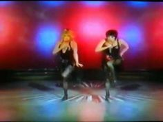 """Goldie Hawn & Liza Minnelli performing """"All That Jazz"""" from the 1980 TV special """"Liza and Goldie"""" Martin Brooks Dance Choreography, Dance Moves, Jazz Music, Dance Music, Dance Videos, Music Videos, Judy Garland Liza Minnelli, Easy Listening Music, Goldie Hawn"""