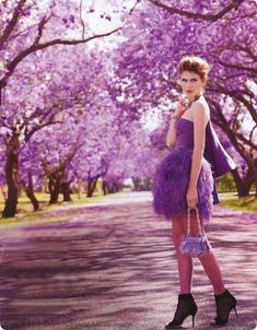 Marie Claire Australia March 2010 Purple Reign Photographer: Corrie Bond Model: Daria Komarkaia It was photographed at the Jacaranda Festival in Grafton, Australia. The Jacaranda Festival is Australia's oldest floral festival and it involves crowning queens which would explain one of the photos… Mode Purple, Purple Haze, Shades Of Purple, Lilac, Fashion Shoot, Editorial Fashion, Fashion News, Men Fashion, Marie Claire Australia