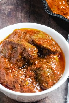 Nigerian Beef Stew is a mouthwatering African beef stew, which will very quickly become a staple in your Nigerian keto diet! Beef Steak Recipes, Crockpot Recipes, Cooking Recipes, Low Carb Beef Stew, Beef Curry Stew, African Stew, Protein, Nigerian Food, Curry Dishes