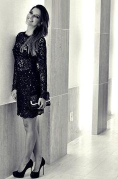 Quem acompanha as principais celebridades do momento, com certeza conhece Mariana Rios. A atriz é referência de moda, e inspira looks sofisticados. http://www.dominiodamodablog.com.br/2013/08/looks-poderosos-de-mariana-rios-inspire-se/#.UgopRG2chaE