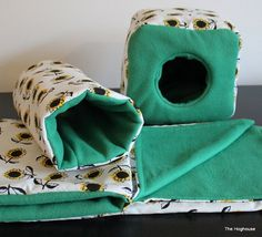 Sunflower African Pygmy Hedgehog Bedding Cage Set by The Hoghouse Cage Set includes 1 x cage liner, 1 x cube house, 1 x tunnel, 1 x snuggle sack/pouch