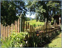 Love the rabbit fence! Hopalong Hollow Gazette