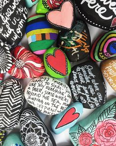 1000 images about painted stones on pinterest painted for Spray paint rocks for garden