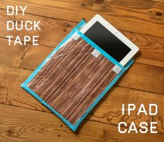 Use woodgrain Duck Tape to make this easy iPad case. It's no sew, lined, and assembles in about 15 minutes. Perfect for school or office!