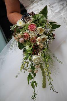 The Beautiful Wedding Day of Emma