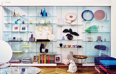 &Premium No. 39 / January 20, 2017 FIX UP, TONE UP / 部屋と心と体を、整える。 January 20, Tone It Up, Book Design, Shelving, Editorial, Home Decor, Shelves, Decoration Home, Room Decor