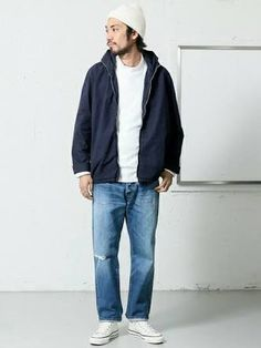 Converse Outfits, Walking Man, All Star, Bomber Jacket, Normcore, Jackets, Style, Fashion, Swag
