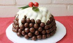 Christmas pudding Malteser cake