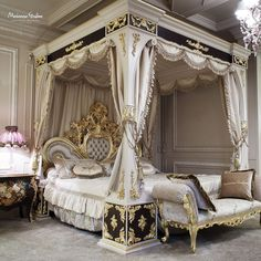 Luxury.four-poster-bed-Modenese-Gastone.jpg 1.500×1.500 pixeli