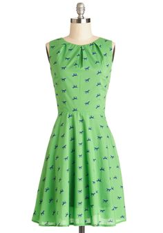 Equine and Dine Dress. What pairs well with a darling dinner date with your honey? #green #modcloth