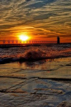A spectacular sunset in South Haven shot by David Lane. Beautiful Sunrise, Lake Michigan, Great Lakes, God Is Good, Dusk, Around The Worlds, Clouds, Sunsets, Pictures
