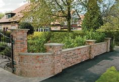 Stunning Wall Garden Design Brickwork Garden Walls, Retaining Walls, Boundary Walls And Steps Brick Wall Gardens, Brick Garden, Brick Fence, Garden Walls, Fence Stain, Balcony Garden, Backyard Fences, Garden Fencing, Fenced In Yard