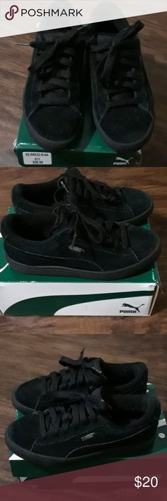 PUMA BLACK PUMA SILVER SUEDE SIZE 2.5 Buy with confidence... Any questions  let 37bf0a057e