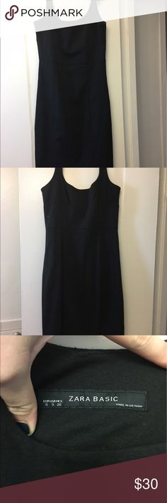 Zara Basic Black Dress Super cute dress from Zara. Perfect for work or a night out (can easily be dressed up or down) very comfortable but form fitting. Dress hits slightly over the knee. Great condition Zara Dresses Midi