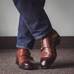 Its been a while since Ive reached for monks. Im not really sure how Im feeling about the style right now. I own three pairs and they dont see the rotation very often. . This particular pair is my most worn though. @carlossantosshoes via @skoaktiebolaget. The grain leather and dainite soles have made them much more versatile than my others. . . . #carlossantos #skoaktiebolaget #japanbluejeans #fadefriday #rakish #rakishgent #dailylast #goodyearwelt #goodyearwelted #classicmenswear… Carlos Santos Shoes, Goodyear Welt, Stylish Men, My Man, Blue Jeans, Oxford Shoes, Dress Shoes, Menswear, Pairs