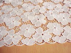 dentelle dentelle de fleurs chanceux polyster par xoxoFabric