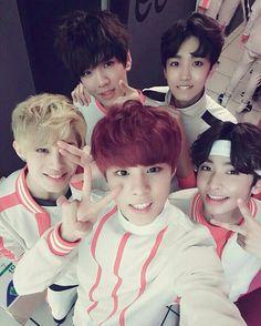 Jinhoo, Hwanhee, Wooshin, Sunyoul, Xiao