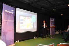 Nicolas Avaro trapt af met zijn presentatie over engagement marketing