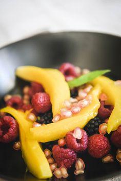 #photographie #culinaire #traiteur #cuisineetvous Fruit Salad, Food, Food Photography, Catering Business, Fruit Salads, Essen, Meals, Yemek, Eten