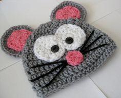 Chapeau de souris au crochet