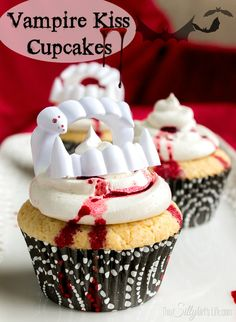 Vampire Kiss Cupcakes Recipe ~  these decadent vanilla cupcakes with vanilla bean buttercream are sure to be the perfect spooky addition to any upcoming parties!