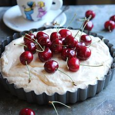 #luukku16 #juustokakut Cherry, Sari, Fruit, Instagram, Food, Saree, Essen, Meals, Prunus