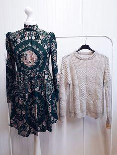 #szafanaulicy #zima2019 #zima Bell Sleeves, Bell Sleeve Top, Tops, Women, Fashion, Moda, Fashion Styles, Fashion Illustrations, Woman