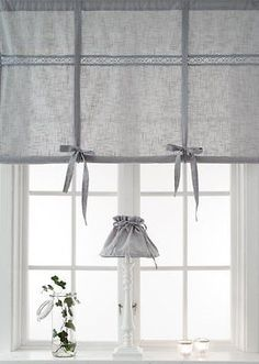 "New Raff Rollo ""Sienna"" Country style curtain cm gray .- Neu Raff Rollo ""Sienna"" Landhausstil Gardine cm grau Shabby Chic Spitze New Raff Rollo ""Sienna"" Country style curtain cm gray Shabby Chic lace - Shabby Chic Salon, Cocina Shabby Chic, Shabby Chic Pink, Shabby Chic Kitchen, Shabby Chic Decor, Diy Blinds, Diy Curtains, Curtains With Blinds, Country Style Curtains"