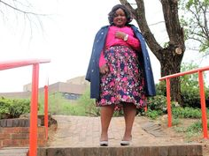 Sindiso's Lifestyle Diary: A Day In My Office Wear Florals And Trench Coat Blue Trench Coat, Grey Shoes, Office Wear, Vera Bradley Backpack, Personal Style, African, Style Inspiration, Lifestyle, Floral