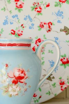 Coco Rose Diaries blog; duck egg blue with red and pink pitcher and plate; vintage dishes