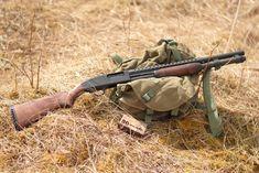 Mossberg With Wood Furniture - Weapons Lover Mossberg Shotgun, Mossberg 500, Tactical Shotgun, Tactical Gear, Weapons Guns, Guns And Ammo, Bushcraft, Combat Shotgun, Cool Guns