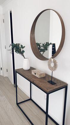Uma Cantik Cowrie Sunrise On Stand S - Trouva Living Room Lounge, Home Living Room, Living Room Designs, Living Room Decor, Luxury Homes Interior, Interior Design, Interior Colors, Flur Design, Hallway Designs