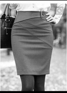 Pins for Ladies This is what I consider the pencil skirt lines. Work Fashion, Fashion Details, Fashion Outfits, Fashion Design, Skirt Pants, Dress Skirt, Sexy Skirt, Cute Skirts, Look Chic