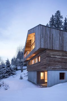 The ultimate alpine modern French chateau built in the French Alps embraces history with a striking contemporary cabin design Architecture Site Plan, Wood Architecture, Cabin Design, House Design, Alpine Modern, Contemporary Cabin, Journal Du Design, French Chateau, French Alps