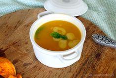 Recept voor een heerlijke, snelle pompoensoep. Je hebt eigenlijk alleen een pompoen en bouillon nodig, dus deze snelle pompoensoep is ook goedkoop! Verder >