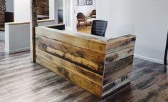 Resultado de imagem para balcão com madeira de demolição