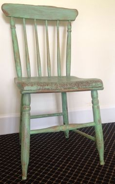 Primitive chair painted in Annie Sloan Chalk Paint. Mix of Antibes Green and Old White Painted Wood Chairs, Chalk Paint Chairs, Chalk Paint Furniture, Old Chairs, Black Chairs, High Chairs, Folding Chairs, Painting Oak Cabinets, Wrought Iron Patio Chairs