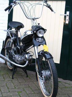 Puch Kikkerbek Bike Gang, Car Ins, Cars And Motorcycles, Automobile, Wheels, Van, Christian, Classic, Vehicles