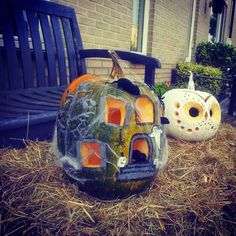 Owl and mouse house pumpkin