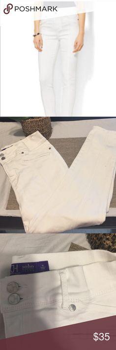 Jennifer Hudson soho white jeans Like new white soho jeans by Jennifer Hudson ankle crop jeans perfect condition pure white no stains jennifer hudson Jeans Ankle & Cropped
