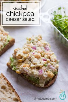 The absolute PERFECT lunch - this vegan smashed chickpea caesar salad ...