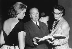 Grace Kelly, Alfred Hitchcock and Peggy Robertson on the set of Rear Window Peggy was hired by Hitchcock as script supervisor on Under Capricorn, and became his production assistant, beginning with Stage Fright for the remainder of his. Alfred Hitchcock, Hitchcock Film, Grace Kelly Hitchcock, La Main Au Collet, Films Étrangers, Princesa Grace Kelly, Spiegel Online, Cinema, Paramount Pictures