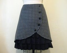Film Noir ruffle front skirt Sz 8 by LoveToLoveYou on Etsy
