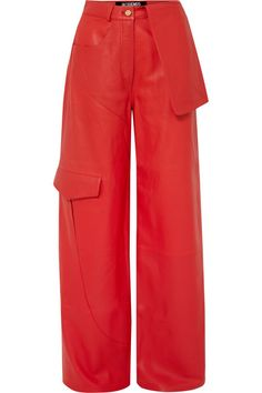 Red leather Button and concealed zip fastening at front leather (Lamb); Jacquemus, Curvy Hips, All Black Looks, Look Vintage, Skirt Pants, Fall Trends, Wide Leg Trousers, Fashion Outfits, Legs
