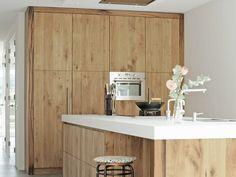 Keuken_eiken_wagondelen_beton Kitchen Interior, Floating Nightstand, Design Elements, Modern, Storage, Wood, Table, Inspiration, Furniture