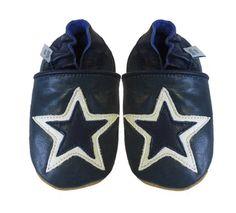 Acogedoras y suaves zapatos de cuero para bebé niño con suela de gamuza Dotty Fish Diseño De Estrella – 0-6 Meses – Blanca Y Azul Claro Ver más http://bebe.deskuentos.es/comprar/zapatos/acogedoras-y-suaves-zapatos-de-cuero-para-bebe-nino-con-suela-de-gamuza-dotty-fish-diseno-de-estrella-0-6-meses-blanca-y-azul-claro/
