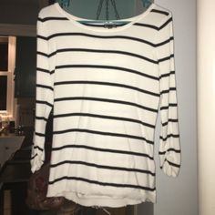 Express white and black striped sweater Size medium white and black striped sweater. Quarter length sleeve. Express Sweaters Crew & Scoop Necks